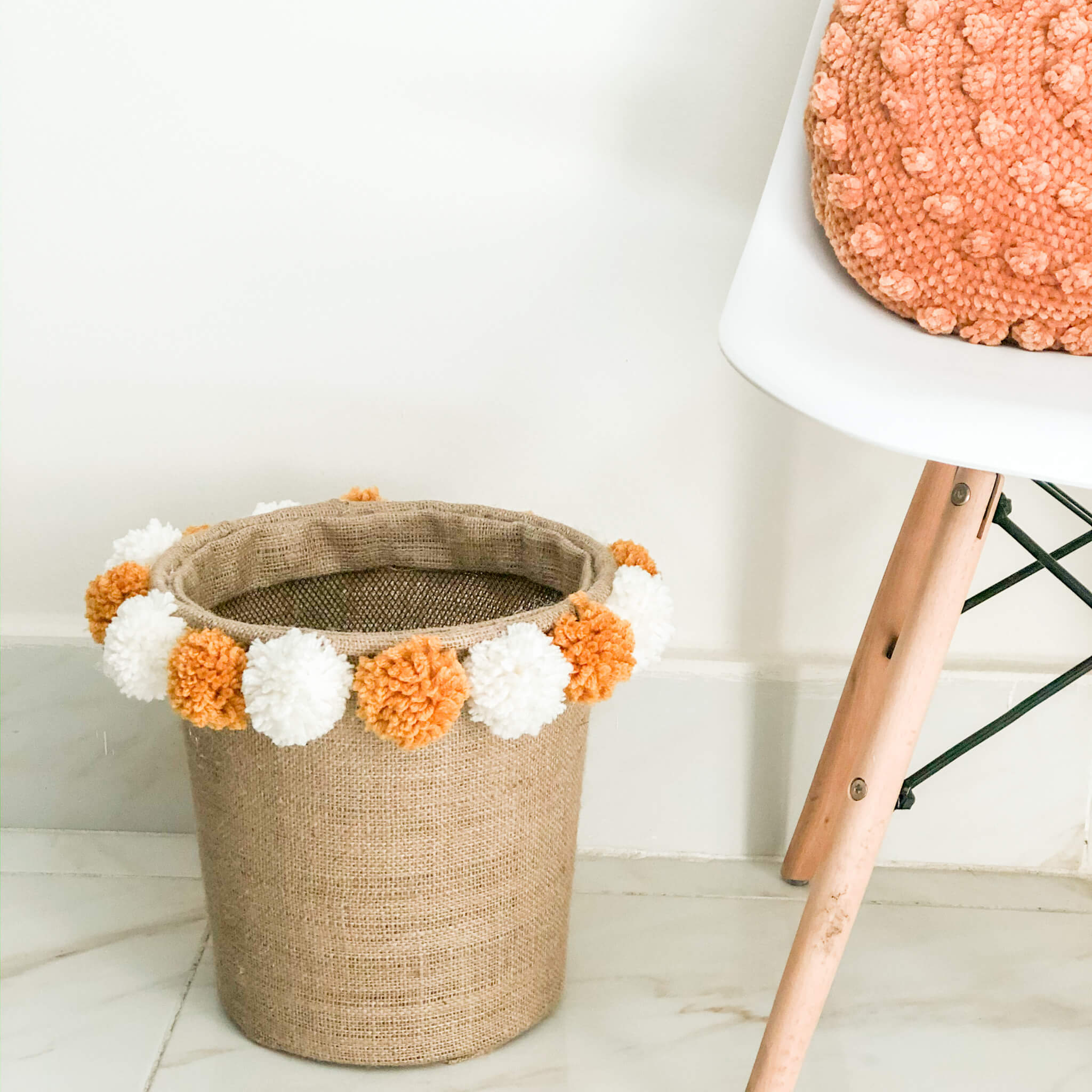 DIY Waste Basket / Trash Can – Photo Tutorial