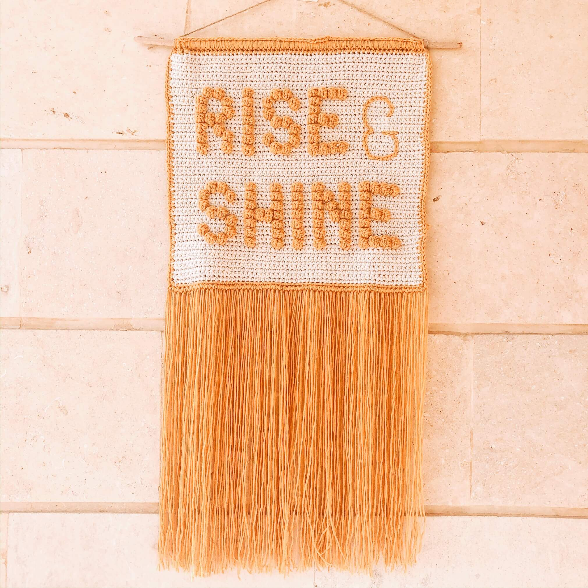 """Rise & Shine"" crochet wall hanging – Free Pattern"